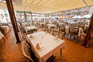 Bahía Tropical, Hotel  Almuñécar - big - 29
