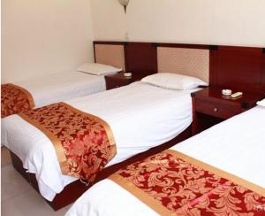 Yijie Hotel Wuling Mountain Longxi Villa, Hotel  Miyun - big - 11