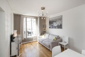 Faubourg St Martin Apartment