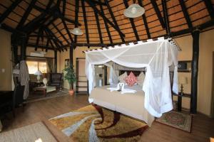 Lapa Lange Game Lodge, Лоджи  Mariental - big - 22