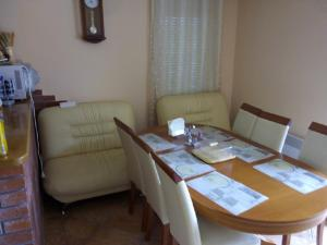 Igalo Family House, Holiday homes  Herceg-Novi - big - 11