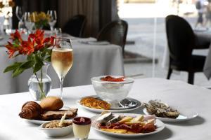 Miramar Hotel by Windsor (9 of 42)