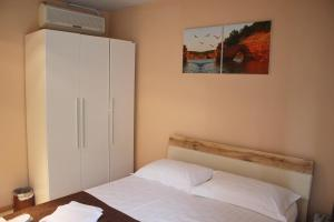 Hotel London Palace, Hotel  Tbilisi City - big - 61