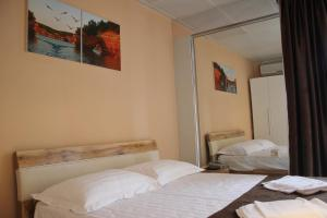 Hotel London Palace, Hotel  Tbilisi City - big - 59