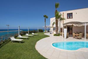 Marina Holiday & Spa, Hotely  Balestrate - big - 42