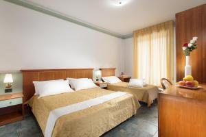 Hotel Zeus, Hotel  Cesenatico - big - 9