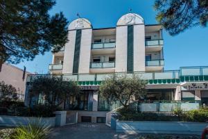 Hotel Zeus, Hotel  Cesenatico - big - 1