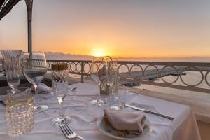 Marina Holiday & Spa, Hotely  Balestrate - big - 39