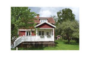 Two-Bedroom Holiday home Högsjö 0 08