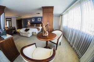 Hotel Emperador, Hotels  Ambato - big - 12