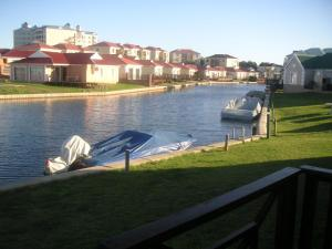 Waterside Living CL25