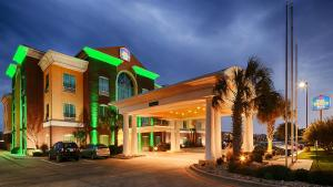 Holiday Inn Express Hotel and Suites Woodway - Waco