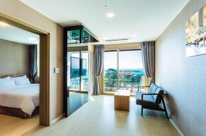 Rich Hotel, Hotels  Jeju - big - 6
