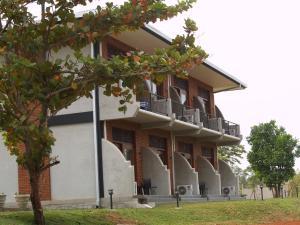 Сигирия - Welimaluwa Resort Sigiriya