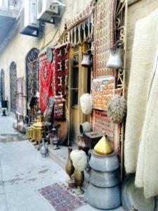 Апартаменты Старый город 3 рядом с кафе Бану - фото 2