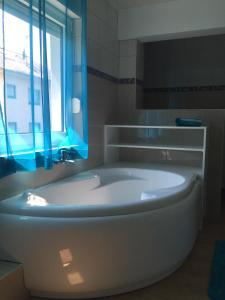 Appartement Badische Weinstrasse, Apartments  Baden-Baden - big - 14