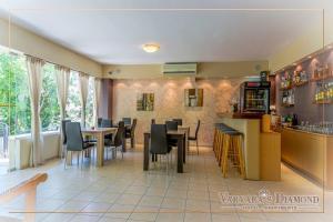 Varvaras Diamond Hotel, Apartmanhotelek  Platanész - big - 31