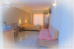 Varvaras Diamond Hotel, Apartmanhotelek  Platanész - big - 15