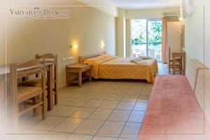 Varvaras Diamond Hotel, Apartmanhotelek  Platanész - big - 5