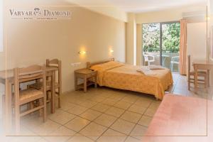 Varvaras Diamond Hotel, Apartmanhotelek  Platanész - big - 16