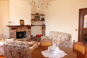 House in Caramagna, Apartments  Imperia - big - 44