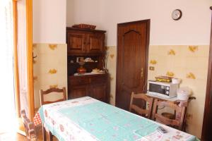 House in Caramagna, Apartments  Imperia - big - 42