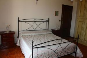 House in Caramagna, Apartments  Imperia - big - 36