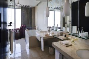 Diplomatic One Bedroom Suite - City View