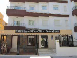Apartahotel Doña Reyes