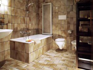 Apartments Ploner, Apartmány  Villabassa - big - 5