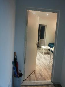 Apartments Coolin - фото 9