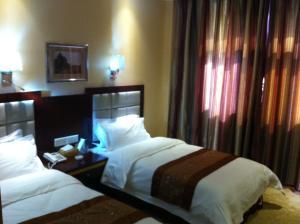 Фото отеля Hexi Hotel