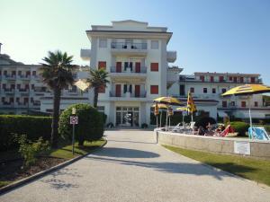 Residence Bagni Miramare