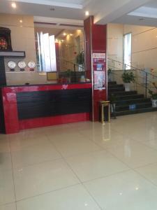 Zhongcai Business Hotel