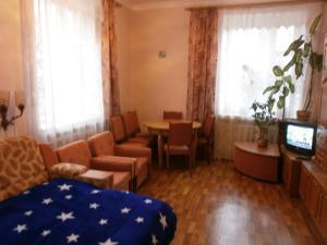 Apartment near Railway Station