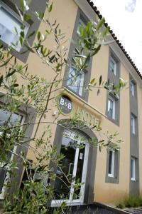 B&B Hôtel Aix-en-Provence Le Tholonet
