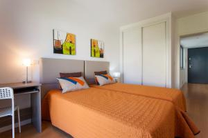 Feels Like Home - Castelo View Apartment at Martim Moniz, Апартаменты  Лиссабон - big - 1