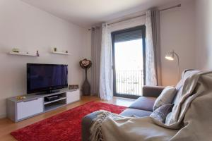 Feels Like Home - Castelo View Apartment at Martim Moniz, Апартаменты  Лиссабон - big - 5