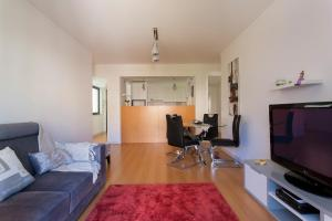 Feels Like Home - Castelo View Apartment at Martim Moniz, Апартаменты  Лиссабон - big - 4