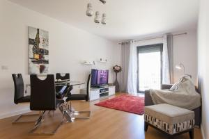 Feels Like Home - Castelo View Apartment at Martim Moniz, Апартаменты  Лиссабон - big - 2