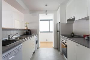 Feels Like Home - Castelo View Apartment at Martim Moniz, Appartamenti  Lisbona - big - 15