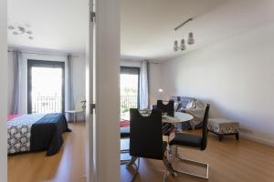 Feels Like Home - Castelo View Apartment at Martim Moniz, Апартаменты  Лиссабон - big - 9