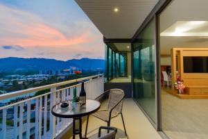 The Blue Hotel, Hotel  Chalong  - big - 8