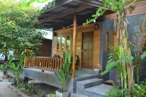 タイ テラス バンガロー Thai Terrace Bungalow