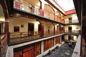拉萨热孜巴宾馆 (Lhasa Reziba Hotel)