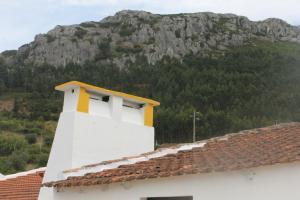 Casa Do Avô In Montejunto
