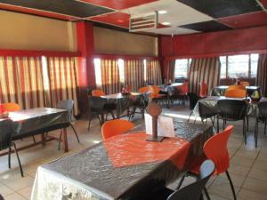 Crown Lodge Lilongwe, Chaty  Lilongwe - big - 18