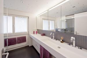 Duplex Apartment - Shower Haus Azalée