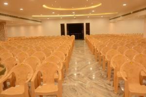 Hotel King Paradise, Hotels  Tiruchchirāppalli - big - 21