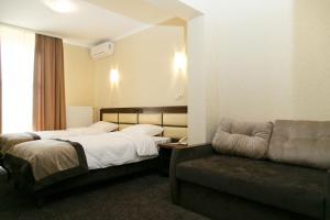 Avalon Palace, Hotels  Ternopil' - big - 16